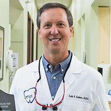 Dr. Luis Gomez, Dentist Picture